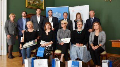 """Tarnow.net: Przełamują bariery. """"Słoneczne Wzgórze"""" uhonorowane w konkursie """"Lodołamacze"""""""