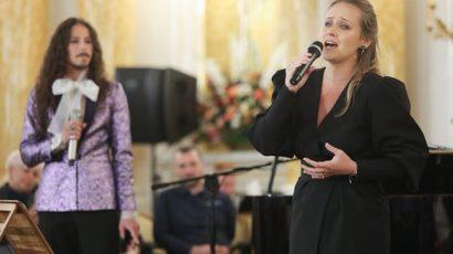 Kobietawp: Marlena Szpak wystąpiła z bratem. Miała oryginalną kreację