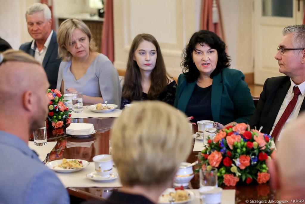 012-Spotkanie-Małżonki-Prezydenta-z-organizatorami-i-laureatami-XIV-edycji-konkursu