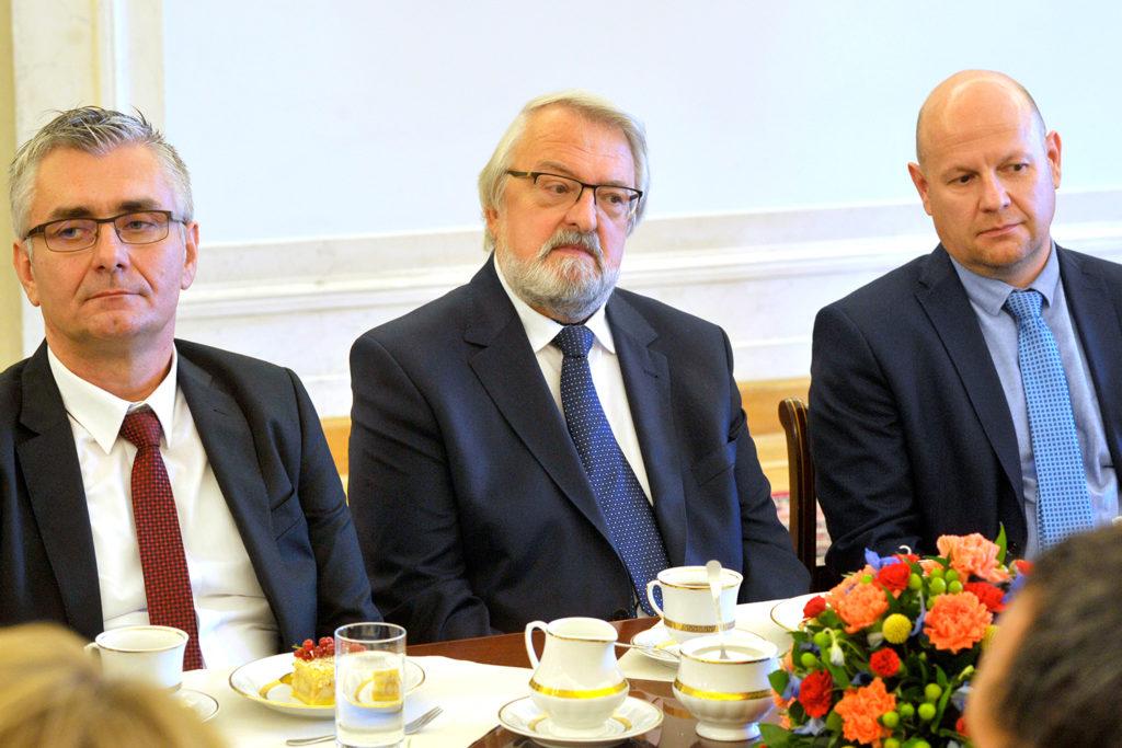 24Spotkanie-Małżonki-Prezydenta-z-organizatorami-i-laureatami-XIV-edycji-konkursu_lodołamacze-2019