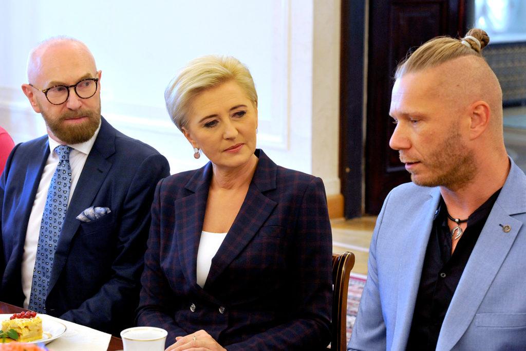 27Spotkanie-Małżonki-Prezydenta-z-organizatorami-i-laureatami-XIV-edycji-konkursu_lodołamacze-2019