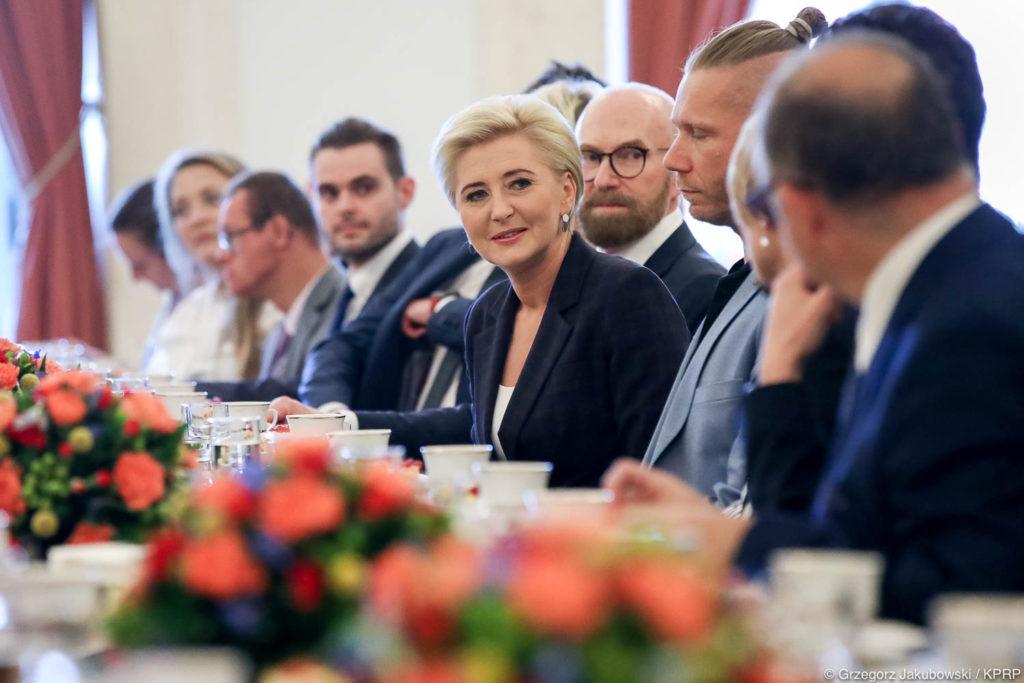 007-Spotkanie-Małżonki-Prezydenta-z-organizatorami-i-laureatami-XIV-edycji-konkursu