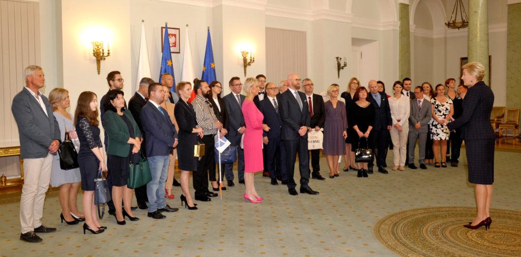 02Spotkanie-Małżonki-Prezydenta-z-organizatorami-i-laureatami-XIV-edycji-konkursu_lodołamacze-2019