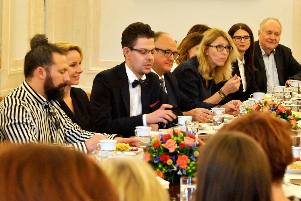 31Spotkanie-Małżonki-Prezydenta-z-organizatorami-i-laureatami-XIV-edycji-konkursu_lodołamacze-2019