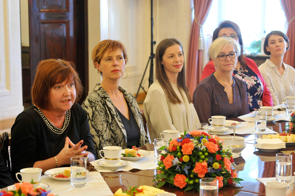 34Spotkanie-Małżonki-Prezydenta-z-organizatorami-i-laureatami-XIV-edycji-konkursu_lodołamacze-2019